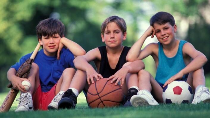 Hvem er best egnet til å trene barn og ungdom? Foto: Photospin