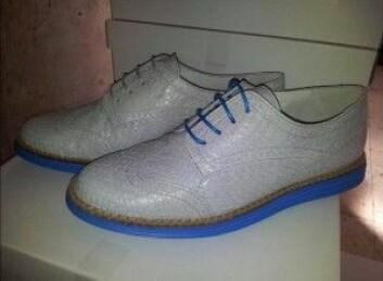 Kule sko i lakseskinn fra Urban Catch på Bømlo – kanskje inspirert av den tradisjonelle Nesnalobben? (Foto: Urban Catch)
