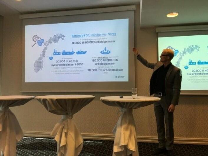 Sigmund Størseth fra SINTEF Energi presenterer CCS-rapporten (Foto: Hege Tunstad/NTNU Energi)