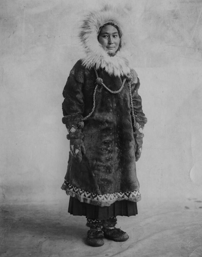 I 1923 sto Ada Delutuk Blackjack igjen som eneste overlevende etter Vrangeløya-ekspedisjonen. Kilde: Courtesy of Dartmouth College Library.