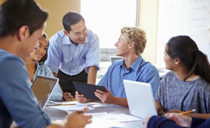 Internasjonal forskning peker på flere elementer som avgjørende for kvalitet i undervisningen. I LISA-studien bruker vi blant annet videoopptak for å vurdere i hvilken grad vi finner disse i norske klasserom på ungdomstrinnet. (Illustrasjonsfoto: colourbox)