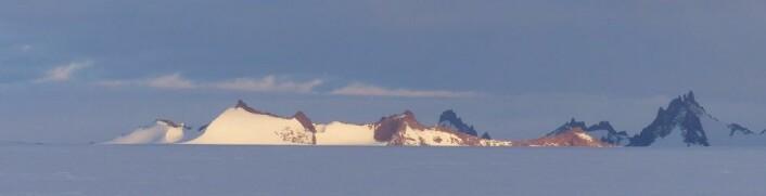 Midnattssol over Skigarden. (Foto: Ane K. Engvik)