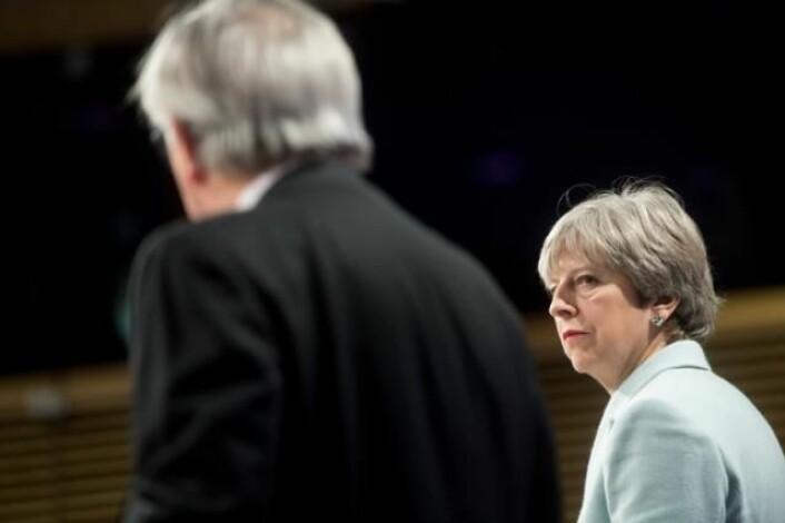 Statsminister Theresa May har vært i svært tøffe Brexit-forhandlinger med EU, her ved Europakommisjonens president Jean-Claude Juncker. Foto: Europakommisjonen, 2017