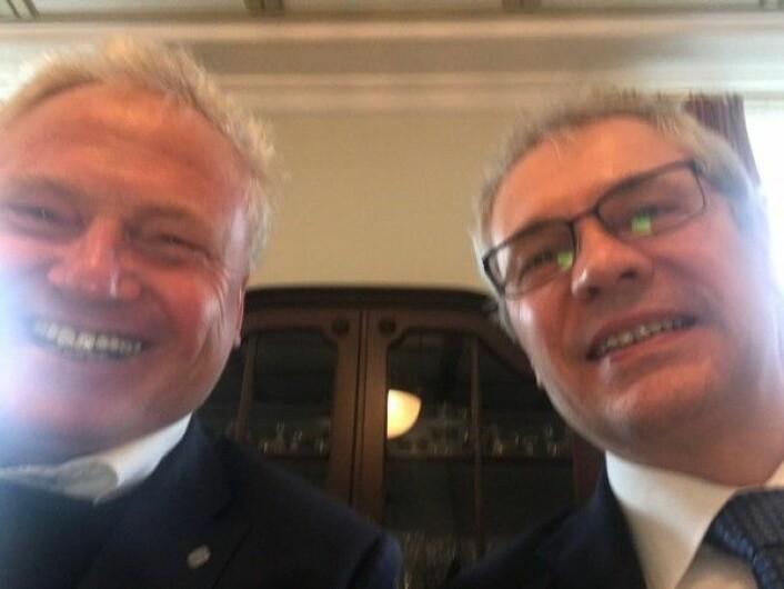 Johan Hustad og Finlands ambassadør Erik Lundberg arrangerte biodrivstoffseminar med Neste oil og ulike norske stakeholders. Veldig spennende! (Foto: Selfie, Johan Hustad)