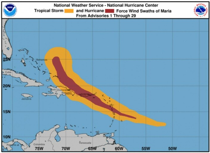 """Marias ferd gjennom Karibien, med vindstyrken fargekodet: De oransje områdene fikk """"bare"""" storm, mens de mørkerøde områdene fikk orkan. (Bilde: NOAA NHC)"""