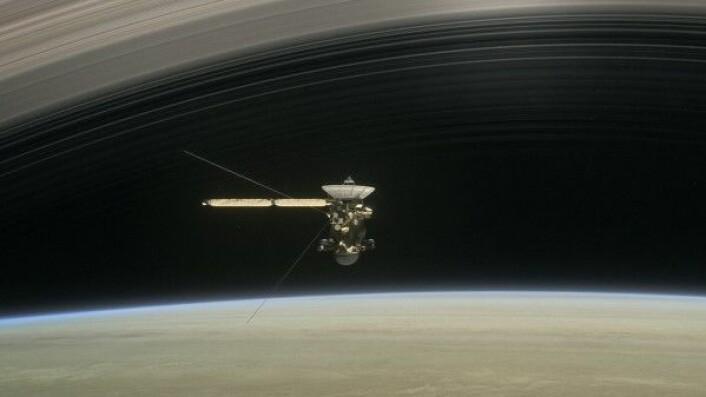 Cassini avslutter 13 års banebrytende forskning ved Saturn og dens store måner fredag 15. september 2017. NASA/JPL-Caltech