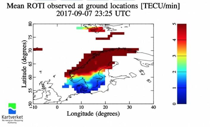 Storm i ionosfæren ga kraftig utslag på navigasjonssatellittsignalene torsdag kveld. (Bilde: Kartverket)