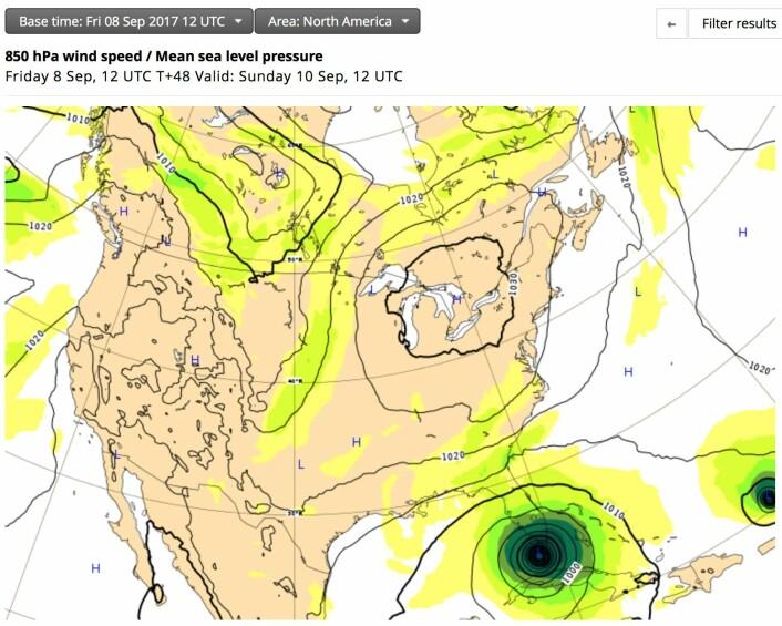 48 timers prognosen fra ECMWF, utstedt fredag kl 12:00 UTC. (Bilde: ECMWF)