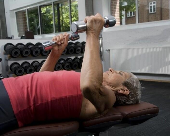 Cellegiftbehandling kan gi flere plager og dårligere behandlingseffekt hos personer med liten muskelmasse.(Illustrasjonsfoto: Colourbox)