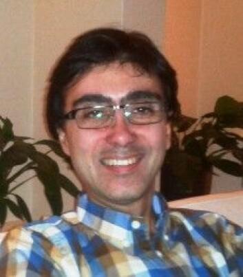 Babak Asadi-Azarbaijani forsker på hvordan kvinner med kreft kan bevare fruktbarheten. (Foto: Privat)