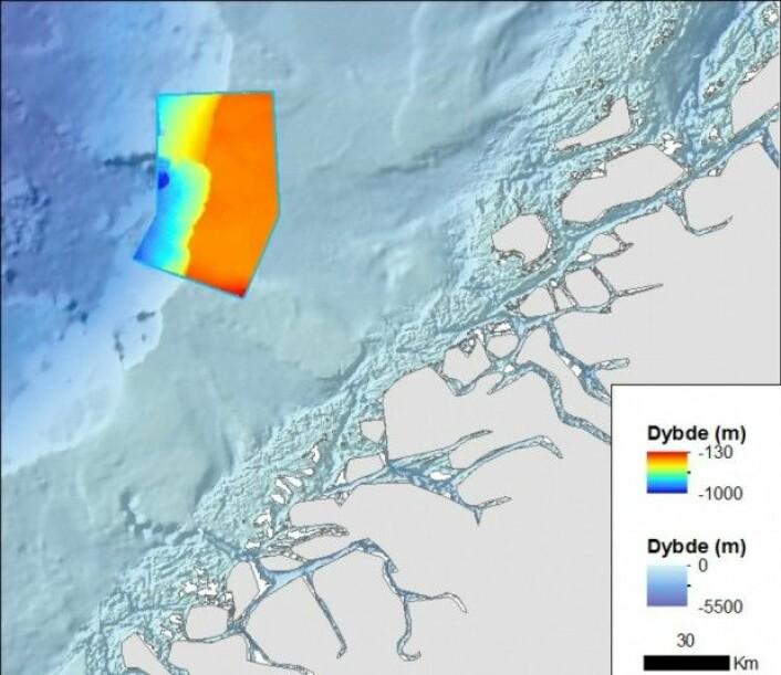 Figur 1. Storneset med farget dybdekart. Det avgrensede området er ca. 2700 km2 stort, og ligger utenfor Mørekysten. (Foto:MAREANO)