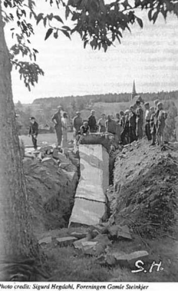 Nazibautaen ble gravd ned av motstandsfolk i 1945. (Foto: Sigurd Hegdahl / Foreningen Gamle Steinkjer)
