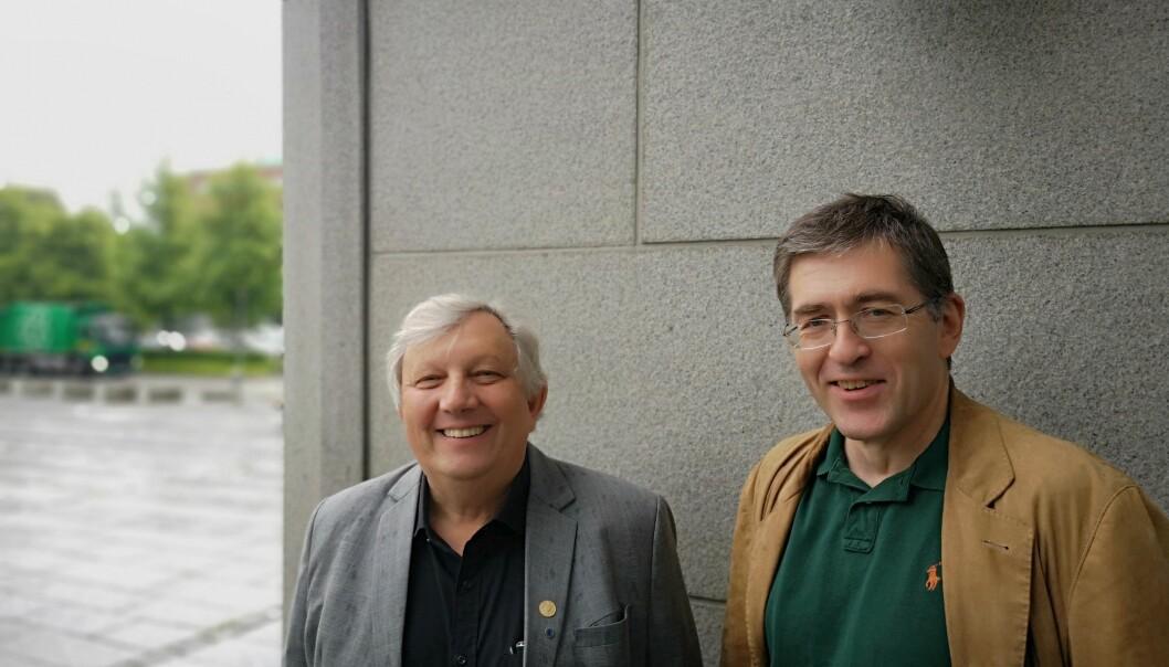 Matthias Kaiser (til venstre) og Johs. Hjellbrekke er to av forskerne som har kartlagt norske forskeres holdning til etikk. (Foto: Eivind Nicolai Lauritsen)