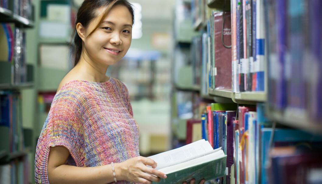 Flere unge med innvandrerbakgrunn tar høyere utdanning.  (Illustrasjonsfoto: Colourbox)