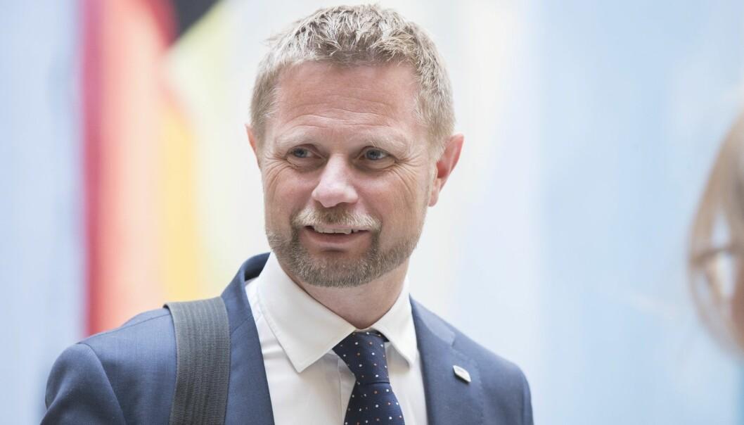 Helseminister Bent Høie er særlig glad for at brukermedvirkningen i forskningen styrkes. Her er han fotografert under Stortingets spørretime tidligere i år. (Foto: Berit Roald, NTB scanpix)