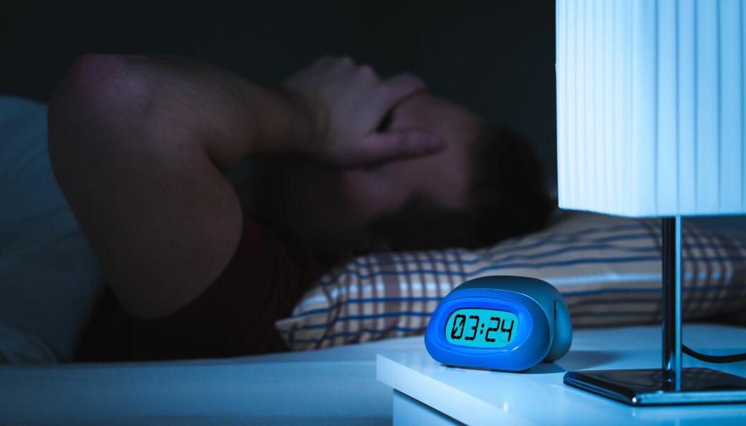 Søvnvansker er vondt for den det gjelder. Nå viser ny australsk forskning at det også svir for samfunnet som helhet.  (Foto: Colourbox)