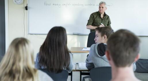 Holbergprisen i skolen til prosjekt som viste at mange ungdommer leste bedre på engelsk enn på norsk