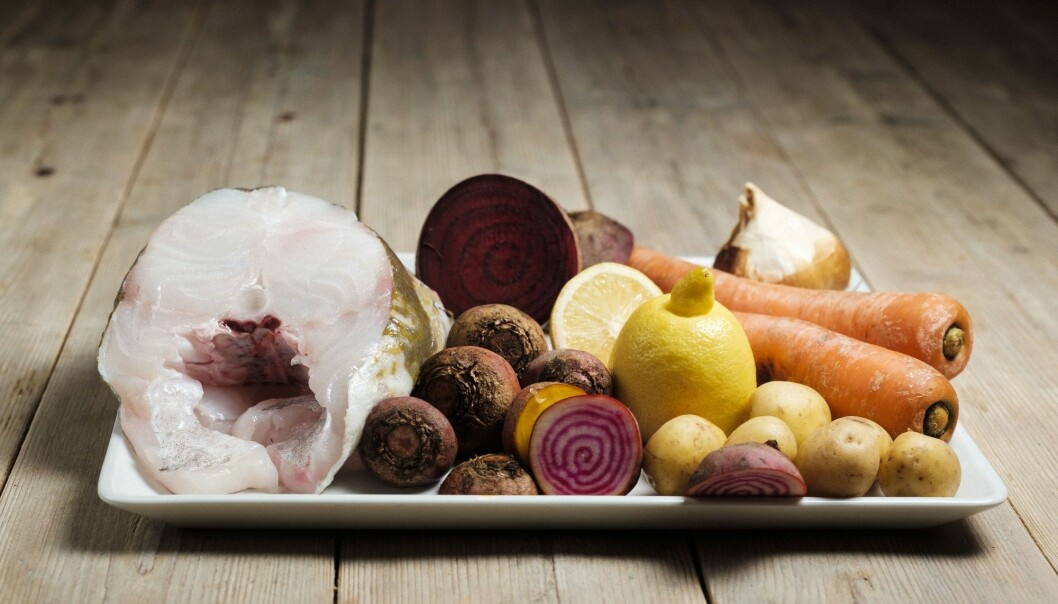 De nye, ganske ukjente kostholdsrådene som ble de overvektige, røykende mennene til del, inkluderte å spise mer fisk og grønnsaker og bytte ut fete meieriprodukter med planteoljer. (Foto: Ole Gunnar Onsøien, NTB scanpix)
