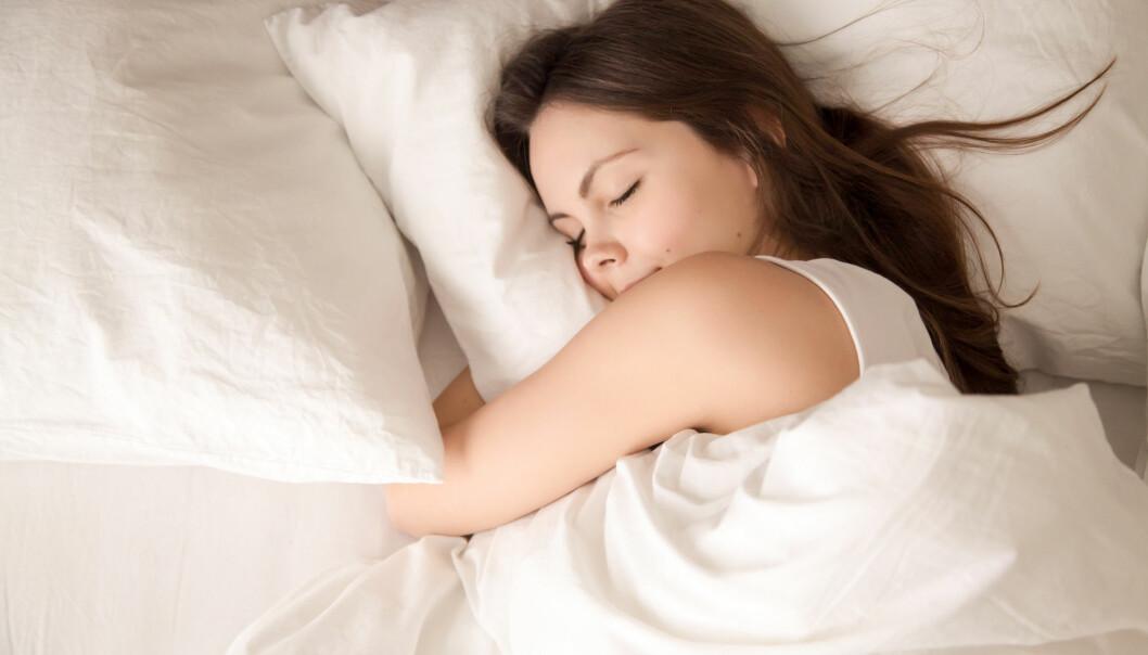 Er det farlig å sove lenge i helgene?
