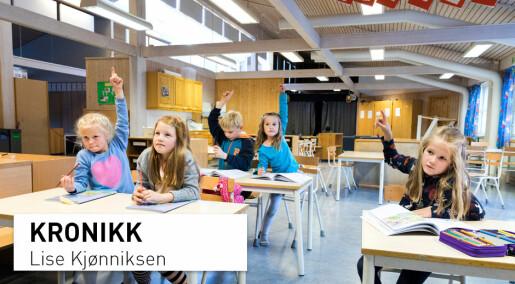 Hva skal den daglige fysiske aktiviteten i skolen være?