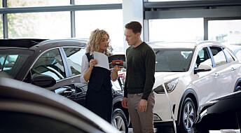 Norske bilforhandlere er ivrigere på å selge elbiler enn sine nordiske kollegaer