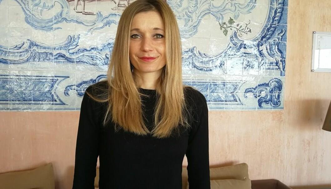 Hvordan påvirker forholdet og følelsene dine til partneren sexlysten din? Og hvordan påvirker sexen i sin tur forholdet og hvordan du har det? Her er det noen kjønnsforskjeller, men også likheter, fant førsteamanuensis ved Maastricht University i Nederland. Hun presenterte nylig forskningen på en sexologikongress i Portugal. (Foto: Marianne Nordahl)