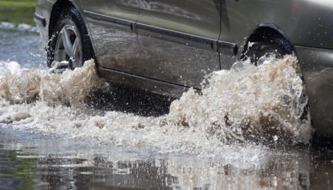 70f43910 Seks av ti norske kommuner rapporterer at avløpssystemene ikke har  kapasitet til å ta unna vannet