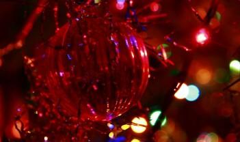 Julelys i utvikling og eldgamle blink i sommernatten