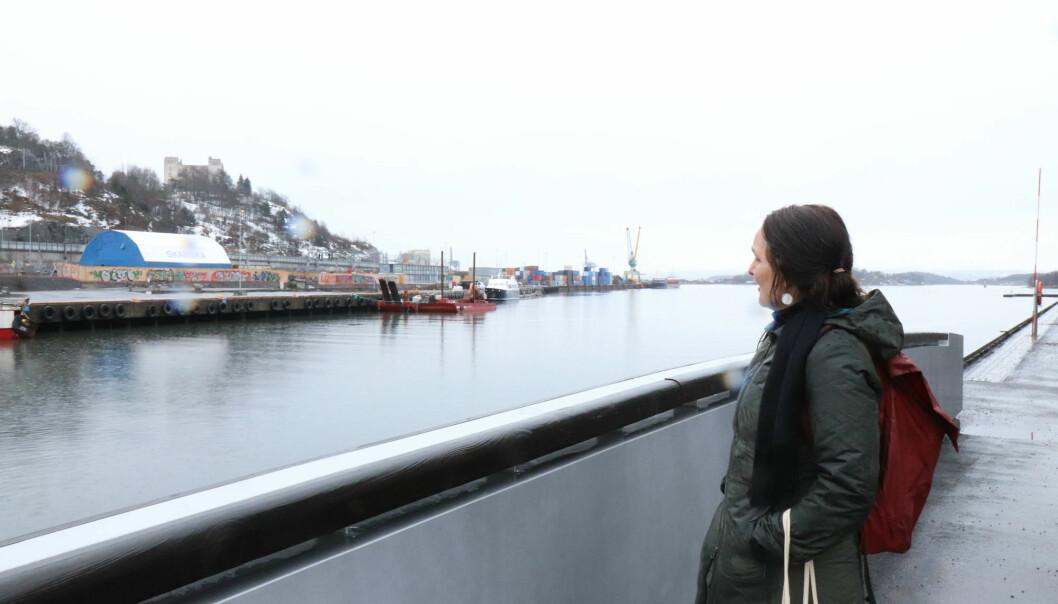 – Foreløpig er mange av havnepromenadens landskapsrom fattige både på opplevelser og biologisk mangfold, sier forsker. (Foto: Morten Ellingsen)