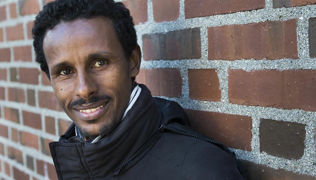 Etter endt masterutdanning ved UiT startet Asebe Regassa et søsterprogram og eget institutt for ufolksstudier ved Dilla University i Etiopia. Nå ønsker UiT et tettere samarbeid med sin tidligere student. (Foto: Stig Brøndbo)