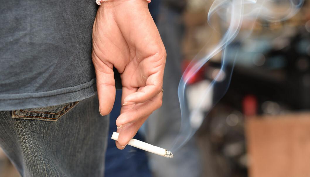 Røyking er den sterkeste faktoren for å få lungekreft. Men sammenhengen mellom røykemønster, alder, BMI og hoste avgjør risikoen. (Foto: Shutterstock / NTB Scanpix)