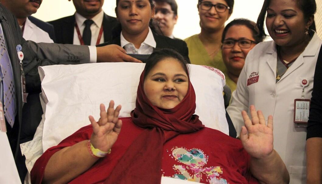 Egyptiske Eman Ahmed Abd El Aty ble regnet som verdens tyngste kvinne, fram til hun i fjor sommer døde av problemer med hjerte og nyrer. Bildet er tatt fra en pressekonferanse hun holdt på Burjeel-sykehuset i Abu Dhabi. Egypt er et av landene i verden som er hardest rammet av fedmeepidemien.  (Foto: Saeed Bashar/AFP/NTB scanpix)