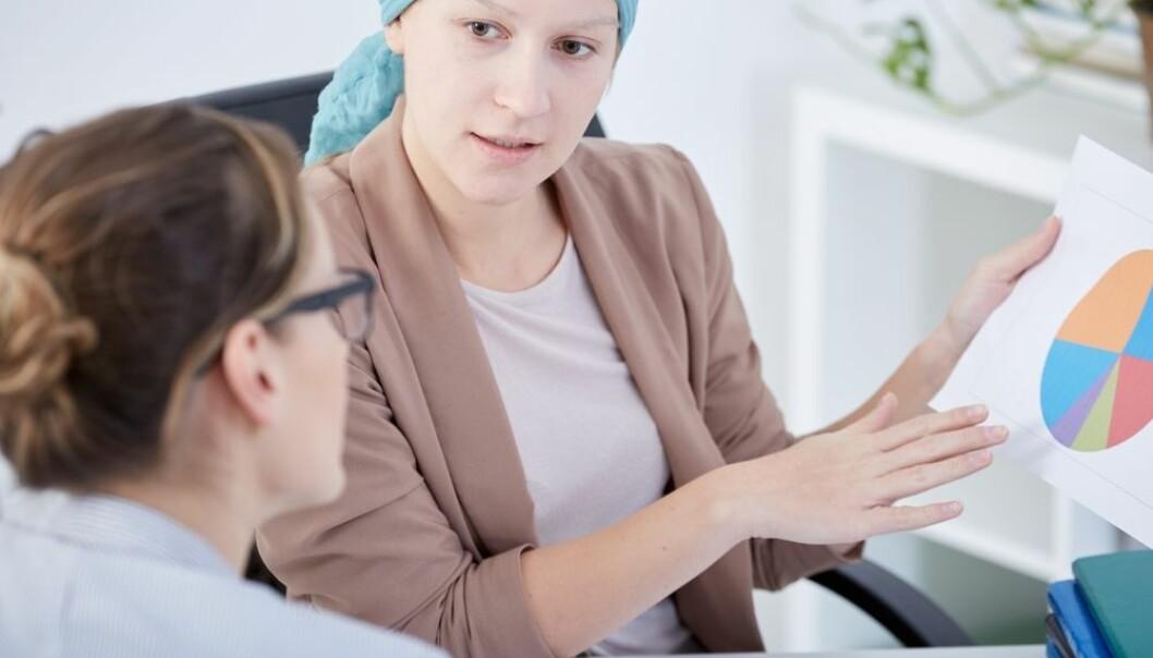 En studie av tidligere kreftpasienter viser at det kan være tungt å komme i arbeid igjen etter en omfattende kreftbehandling. De som fikk tilpasninger på arbeidsplassen for å lette arbeidsbelastningen, opplevde det lettere å komme. Kreftforeningen mener at det er mye både myndigheter og arbeidsgiver kan gjøre for å få flere i arbeid igjen.  (Foto: Photographee.eu / Shutterstock / NTB scanpix)