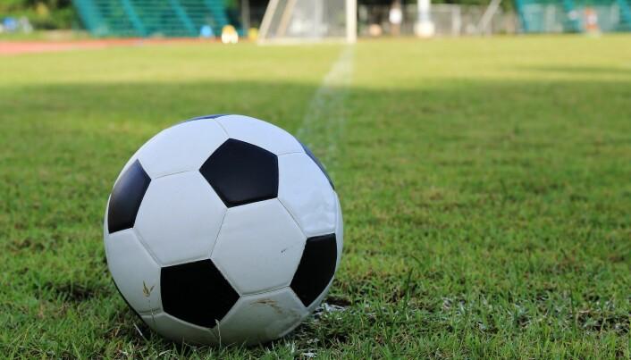 Mye eller lite ballspill i gymtimene? Fagfolk er uenige. (Foto: Colourbox)