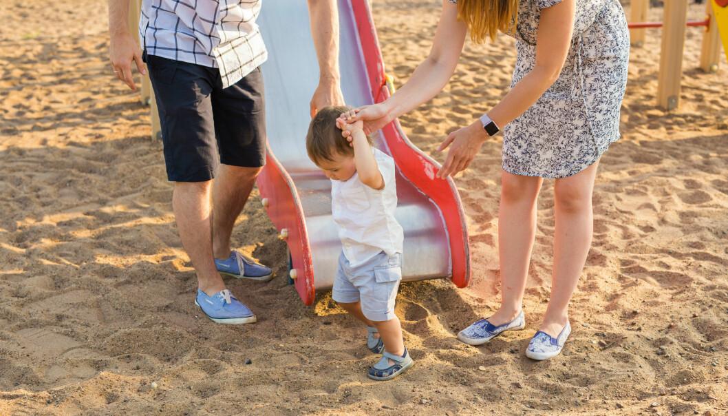 – Husk at risikoen for at barn faktisk skader seg under leken er relativt liten, påpeker forsker. (Illustrasjonsfoto: Colourbox)