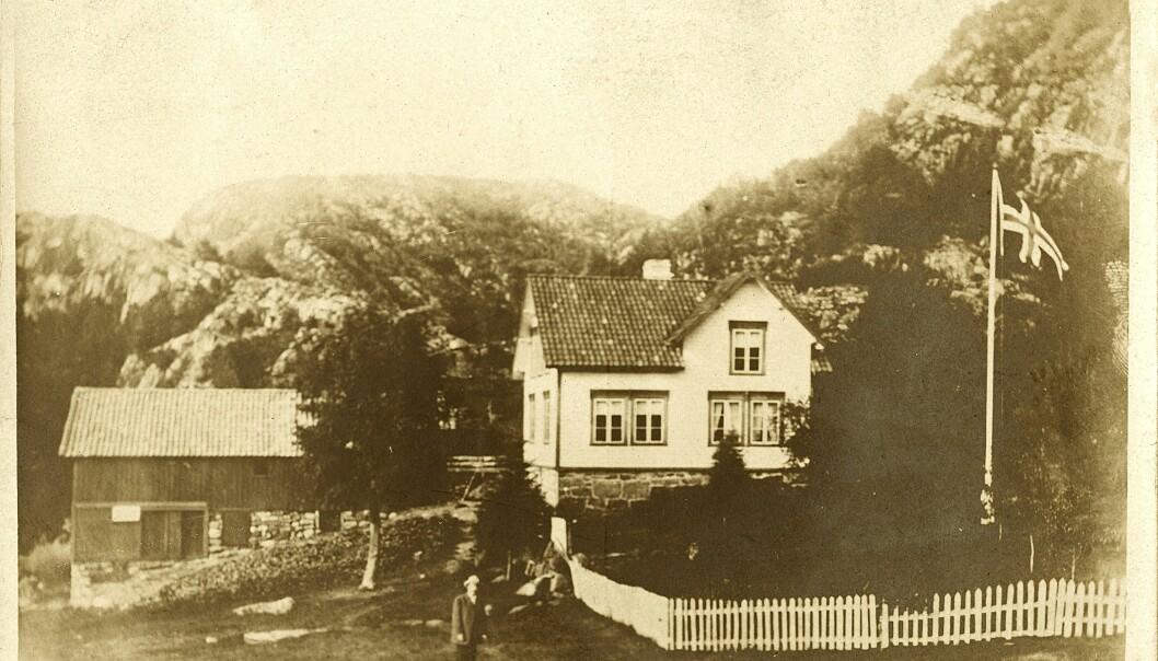 Nå er to av tre norske etternavn et gårdsnavn