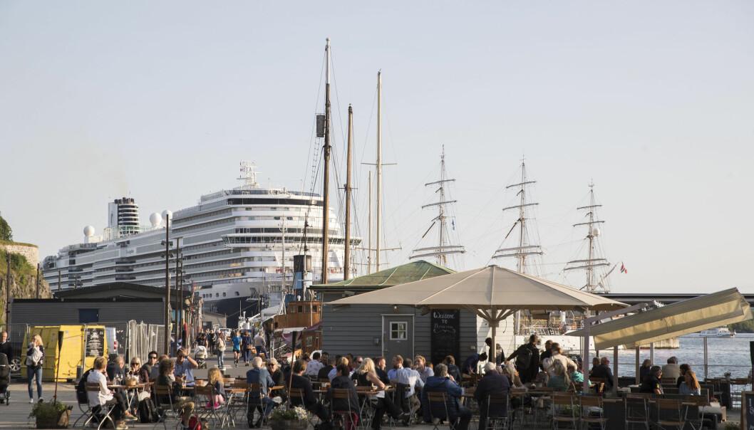 Hva skal til for å få cruiseturistene til å bruke penger på land? (Illustrasjonsfoto: Berit Roald / NTB Scanpix)