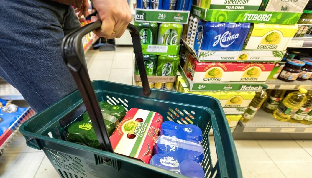 Prisene på alkohol og tobakk bidrar til å trekke opp prisnivået i Norge. (Foto: Gorm Kallestad, NTB scanpix)