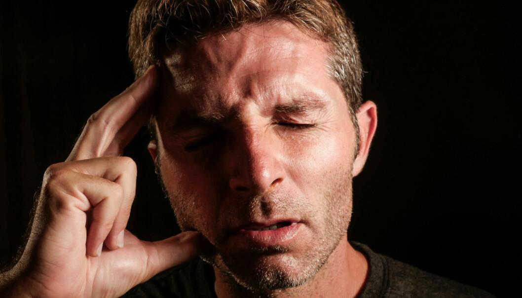 Migrene er en kronisk kompleks nevrologisk sykdom, kjent for en dunkende anfallshodepine. Angrepet varer fra noen timer til flere dager. (Foto: Shutterstock / NTB Scanpix)