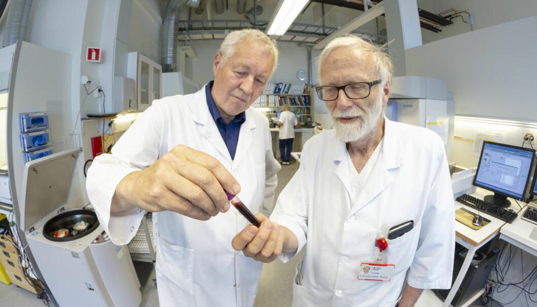 Anders Sundan og Anders Waage har fulgt familien over lang tid. Endelig vet de hvorfor de har så høye blodverdier. (Foto: Thor Nielsen)
