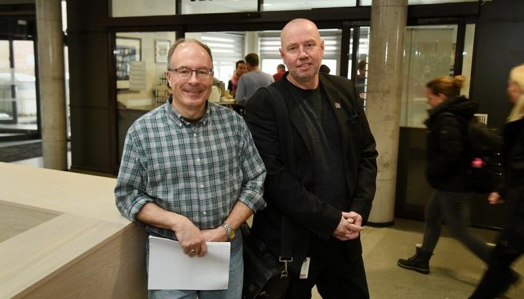 Førstelektor Jan Erik Mustad (t.h) og professor Sean Taylor fra Minnesota State University, Moorhead, koordinerer det nye tilbudet til lærerstudentene ved UiA. (Foto: Jan Arve Olsen)
