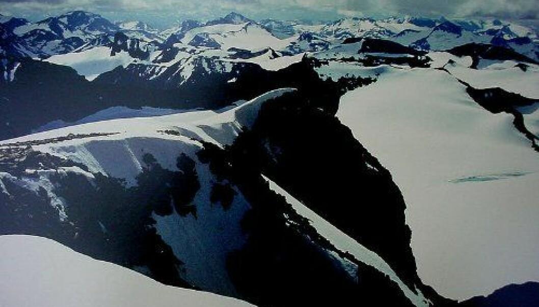 Utsikt fra Galdhøpiggen, Jotunheimen.  (Foto: Manuel Werner / Wikimedia Commons, CC BY-SA 2.5)