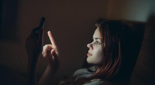 Kan lyset fra mobilskjermen ødelegge søvnen?