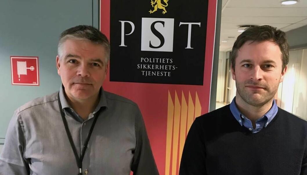 - Forskere er i sin natur grenseløse, man ønsker å dele kunnskap, og det har vi forståelse for, sier PST-sjef i Midt-Norge, Per Hollum (til venstre), og senioranalytiker Per Marius Frost-Nielsen. (Foto: Tore Oksholen)