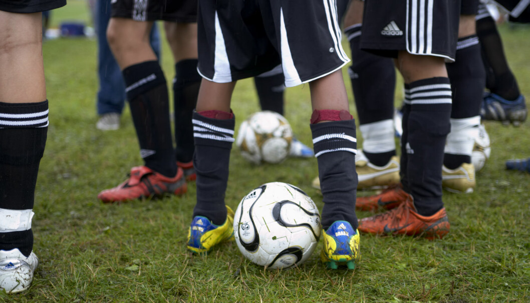 De unge synes det er greit at foreldre setter foten ned hvis sportsaktivitetene går ut over skolearbeidet, ifølge studie. (Foto: Foto: Berit Roald, NTB scanpix)