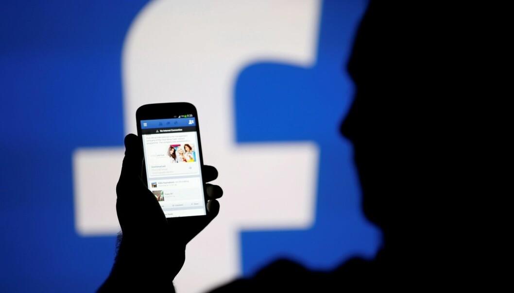 Likes-ene dine avslører hva du stemmer på og om foreldrene dine er skilt.  (Illustrasjonsfoto: Reuters, Dado Ruvic, NTB scanpix)