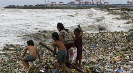 Så mye plast er det midt i Stillehavet