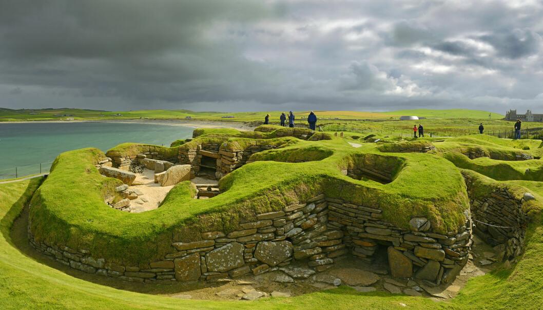 Skara Brae i Skottland hadde noen av verdens aller første toaletter, som kan dateres 5000 år tilbake i tiden. (Foto: Pecold / Shutterstock / NTB scanpix)