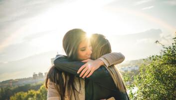 Hvis du vil være et godt menneske, bør du lære å sette ut deg utover deg selv og være til stede for andre. (Foto: AlessandroBiascioli / Shutterstock / NTB scanpix)