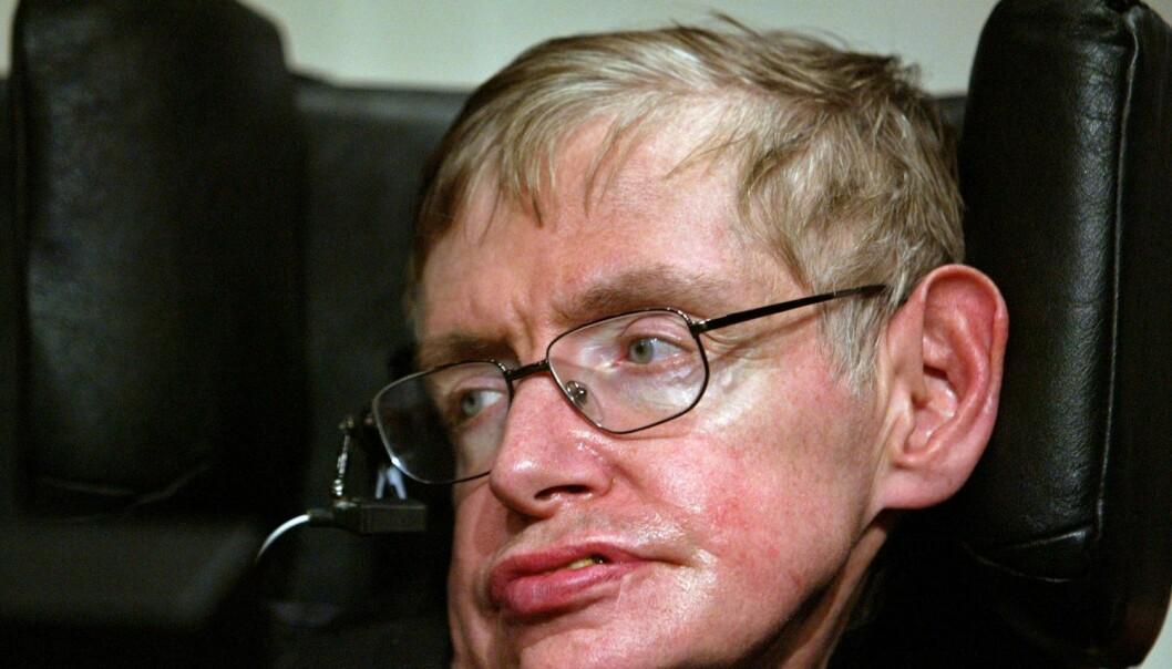 Den verdensberømte forskeren Stephen Hawking levde i 50 år med diagnosen ALS. - Eksepsjonelt lenge, sier norsk ekspert.  (Foto: Alfred Cheng Jin, Reuters, NTB scanpix)